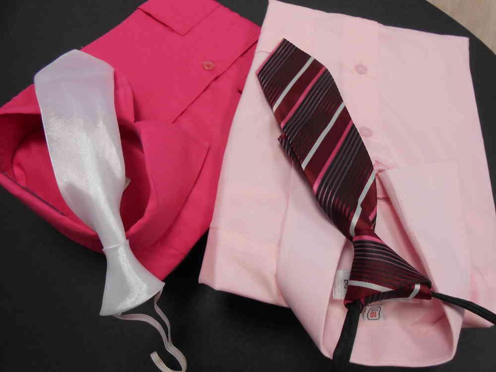 CHEMISE JUNIOR COULEUR Nous vous proposons un grand choix de coloris afin de pouvoir harmoniser les tenues des enfants de votre cortège avec les couleurs du thème des mariés. Les chemises habillent grand ; pour les enfants menus il convient de choisir une taille en-dessous.