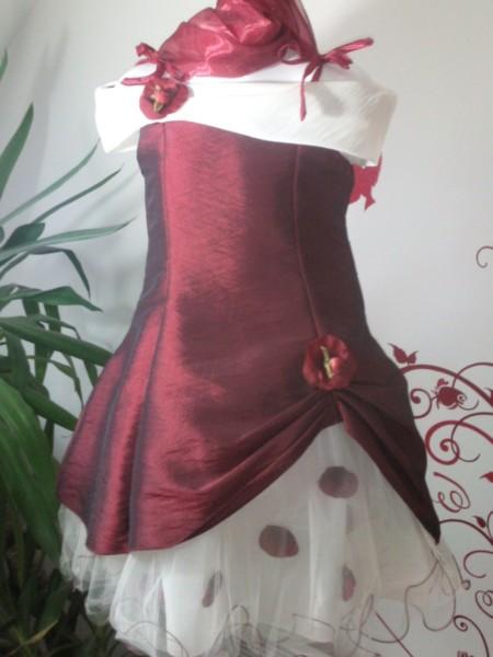 Robe PETALES - Robe en taffetas idéale pour les communions, les baptêmes ou cortège de mariage.