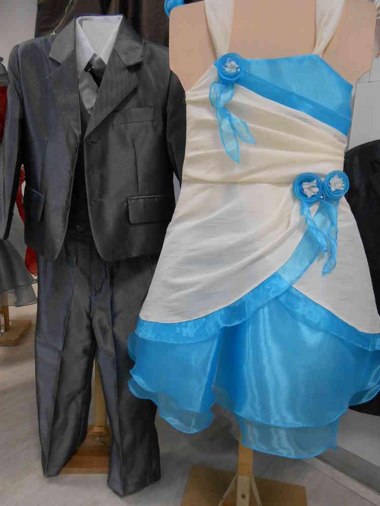 """Robe Tulipe Turquoise - ORIGINALITE, ELEGANCE et CHIC pour ce modèle, plus """"traditionnel"""" ! Robe en Taffetas UNI, imitation soie froissée, avec volant en Voile d'Organza,"""