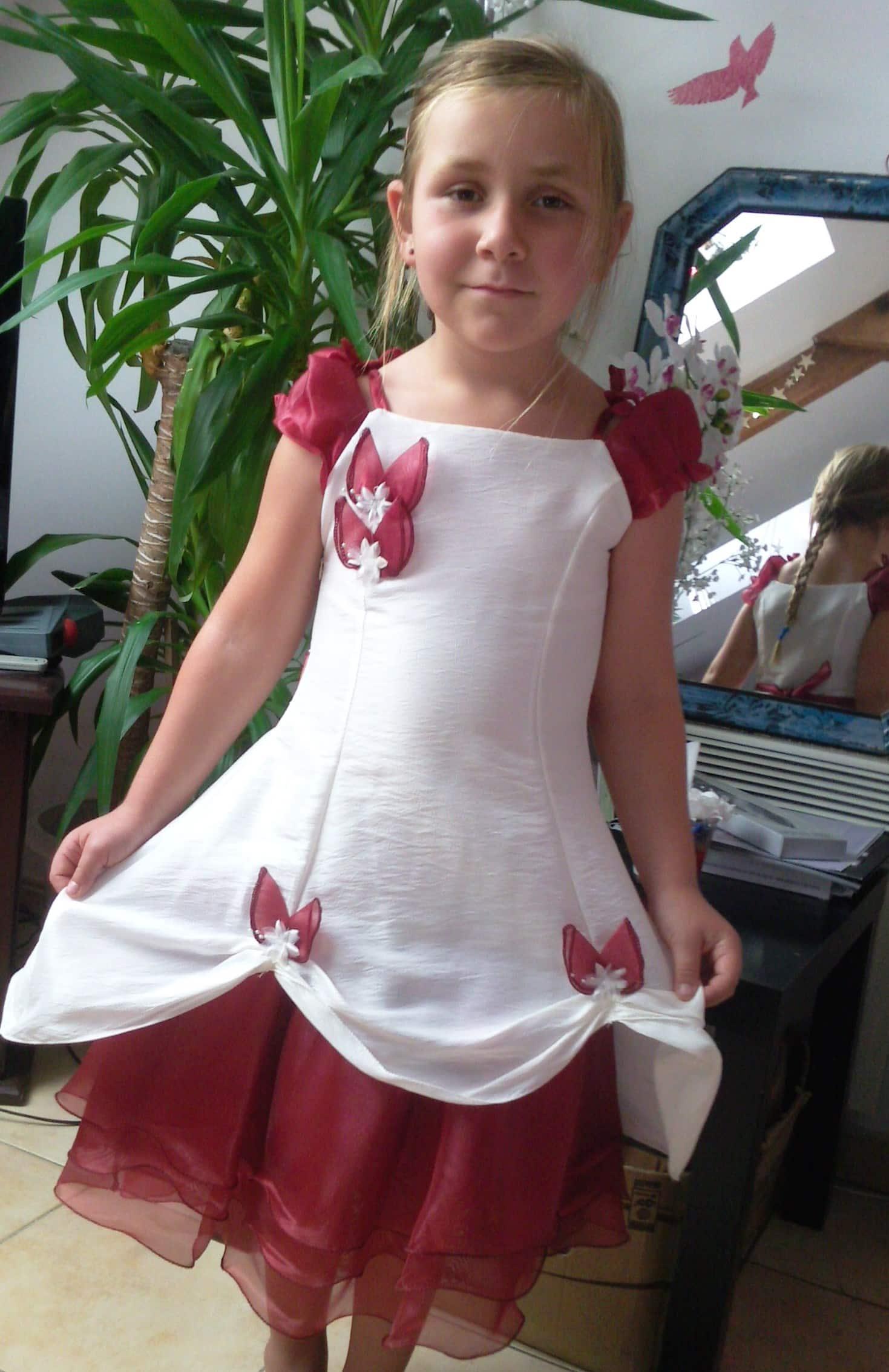 personnaliser la tenue de c r monie de votre enfant frutti c r monie. Black Bedroom Furniture Sets. Home Design Ideas