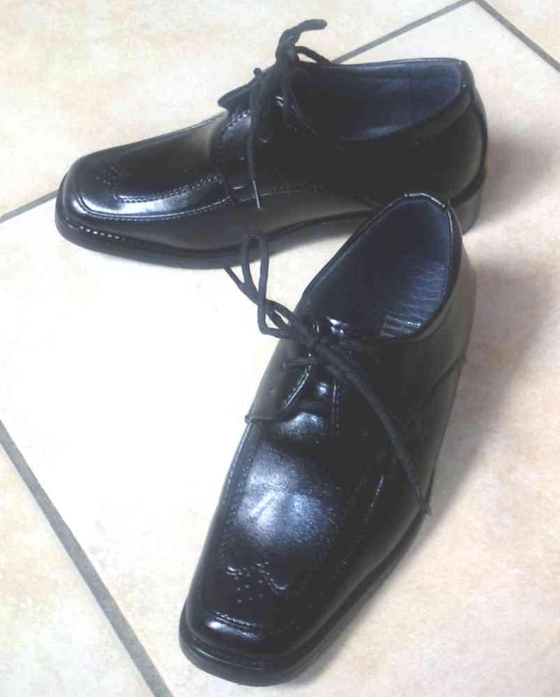 Photo0680_Chaussures_NOIRES_lacets_pointille_ml