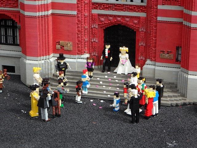 occuper des enfants dans un mariage avec les jeux lego